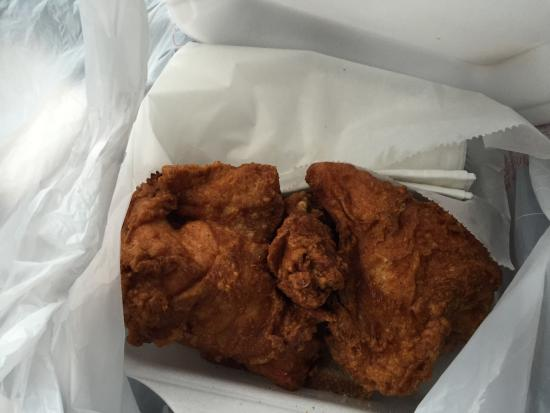 Gus's World Famous Fried Chicken Southaven: photo0.jpg