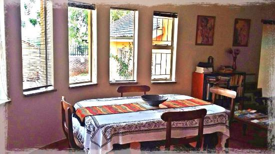 Lakeview Backpackers: Dining room