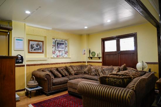 Travelers Rest Guesthouse: rumpus room