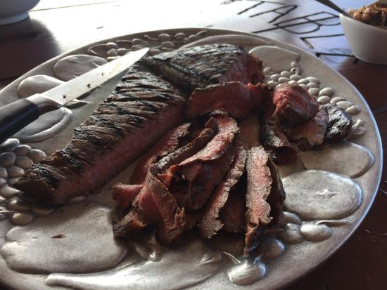 Nicole's Table : Perfectly cooked steak