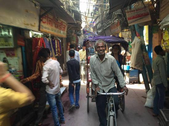 Trinetra Tours: Rickshaw ride through Old Delhi.