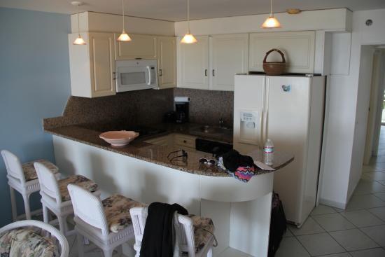 Sapphire Beach Club Resort: The kitchen