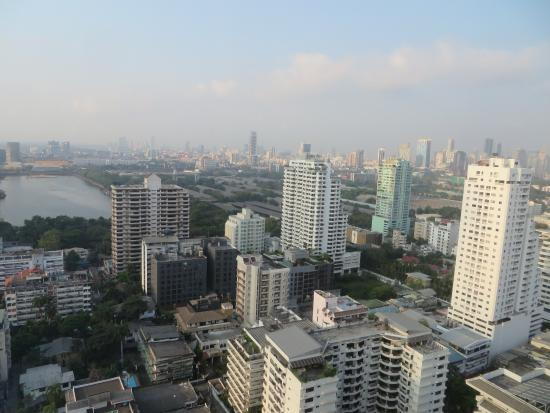 Sheraton Grande Sukhumvit, A Luxury Collection Hotel: View from our Room at the Sheraton Grande Sukhumvit