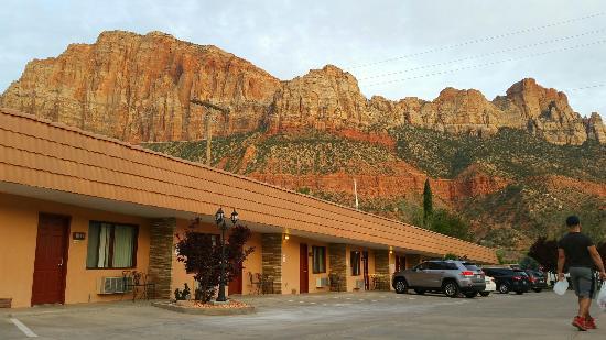 Zion Park Motel: 2016-04-07 20_large.jpg