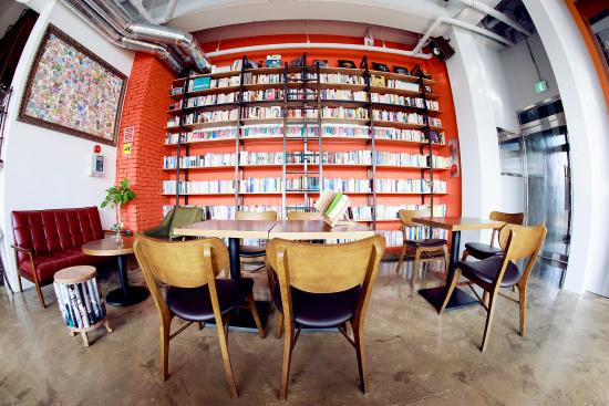 Book Cafe Tong659