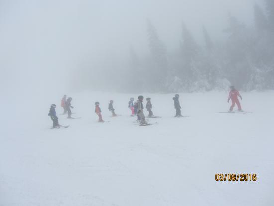 Mont Tremblant Resort: group lesson - more than 8 kids per this instructor
