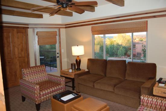Sedona Summit Resort  Living area of 1 bedroom Sunset Mesa suite. Living area of 1 bedroom Sunset Mesa suite   Picture of Sedona