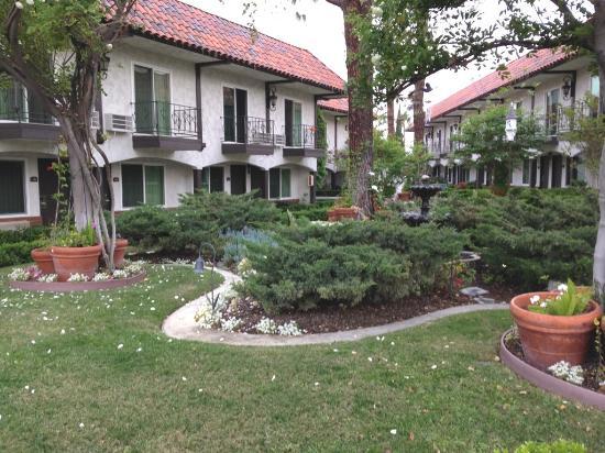 Laguna Hills, Kalifornia: Breathtaking care to the grounds