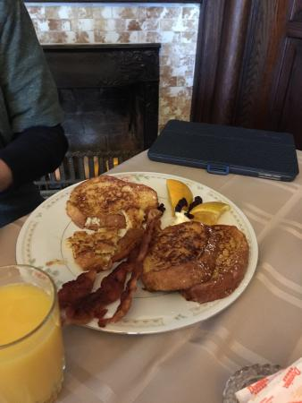 The Windover Inn Bed & Breakfast: Quaint Bed and Breakfast.