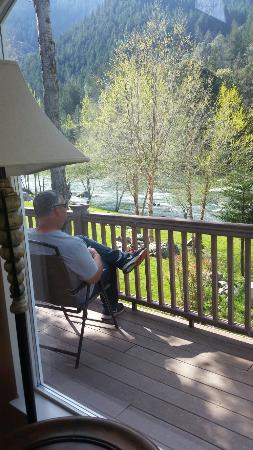 Strawhouse Resorts & Cafe : The view from Cabin 24! AWESOME!