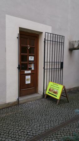 Brno, República Checa: Front Door for Moravska Vesnicka Betlem