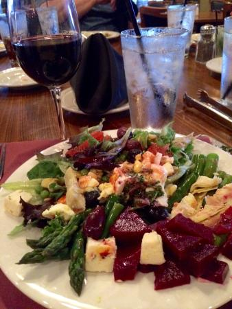 Rodizio Grill: Great and different salad items