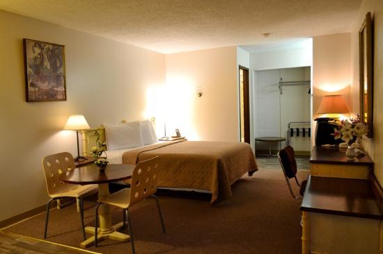 Hoo-Doo Motel : 1 QUEEN BED