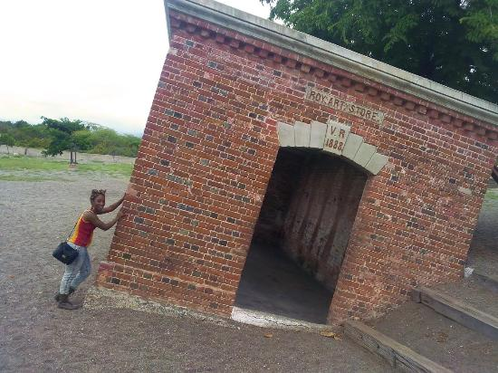 Giddy house in port royal picture of eventuality tours - Centre d imagerie medicale port royal ...
