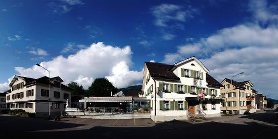 Ebnat-Kappel, Swiss: Restaurant Löwen an der Kapplerstrasse