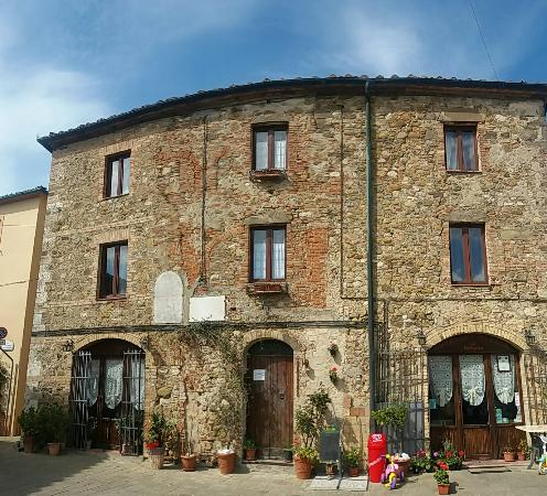 Montalcinello, Italien: La Fattoria