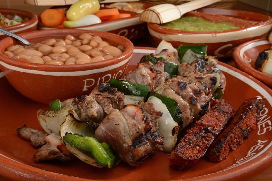 Pipiolo Carnes Asadas