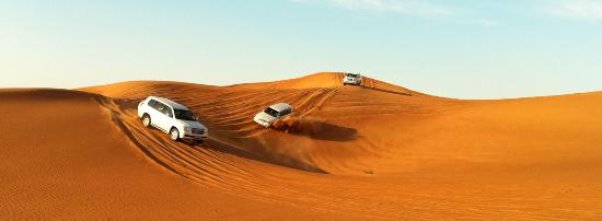 Emirate of Abu Dhabi, De Forenede Arabiske Emirater: Are ready to embark on the journey where you can discover the true essence of desert safari in A