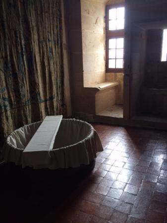 Chateauneuf, Francia: salle de bain du château