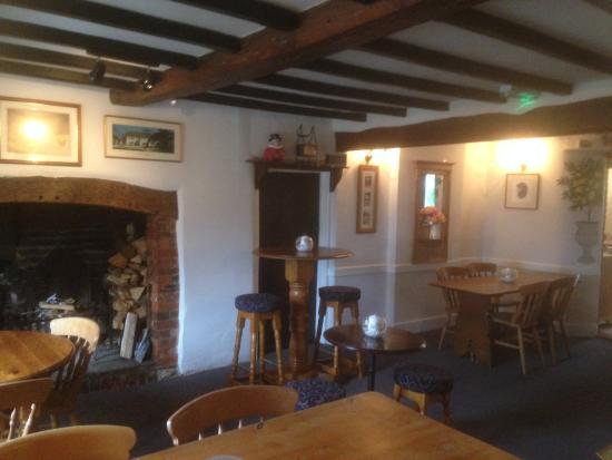 Chute, UK : Lounge Bar
