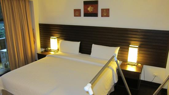 Lanta Mermaid Boutique House: Very comfortable bed, not as hard as many but still very firm.