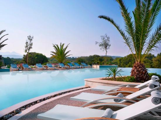 The Westin Resort, Costa Navarino: Lagoon Pool