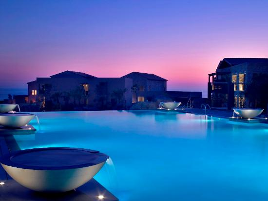 The Westin Resort Costa Navarino: The Westin Pool