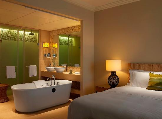 The Westin Resort, Costa Navarino: Premium Suite Bedroom