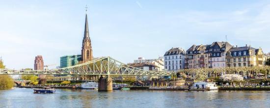 NH Frankfurt Villa: Frankfurt, Bridge