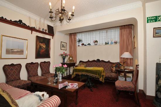 Cartref Hotel: Lounge
