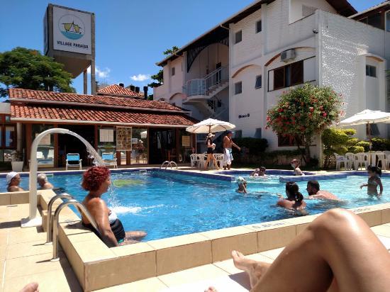 Piscina como boa op o para crian as e para tomar sol for K sol piscinas