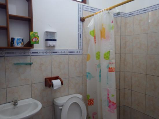 Salle d\'eau chambre RDC - Picture of Posada del Caminante, Puerto ...