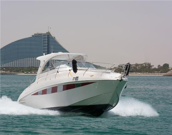 Seven Seas Yachts & Boats Rental