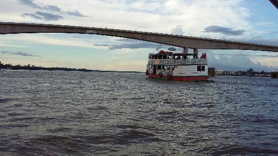 Passeio de barco pelo Rio Madeira: Maravilhoso...