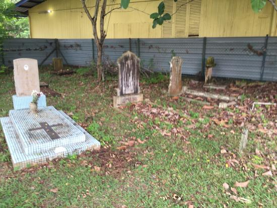 Colonial Cemetery