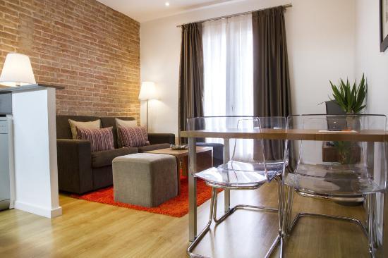 Dailyflats Barcelona Center: Living Room