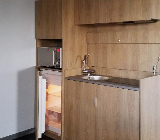 kitchenette quip ee picture of kyriad prestige residence dives rh tripadvisor com