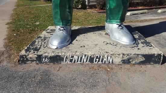 Wilmington, IL: Gemini Giant