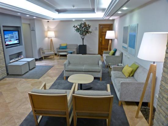Hotel Avenida: Salón