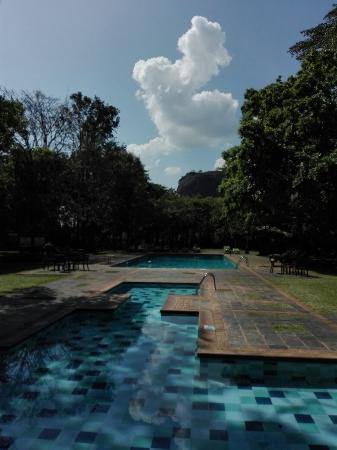 Hotel Sigiriya: IMG_20160408_144950_large.jpg