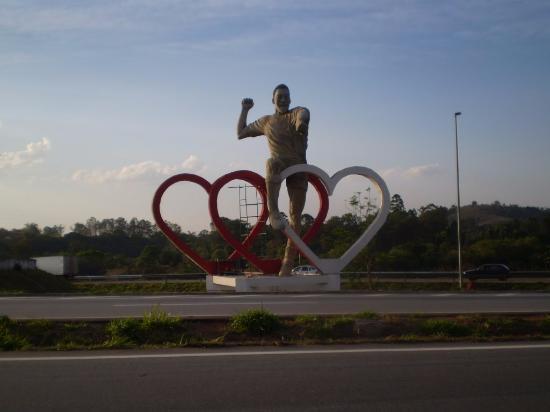 Pele Monument照片
