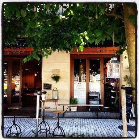 Restaurante kata4 oyster bar en san sebasti n con cocina - Cocinas san sebastian ...