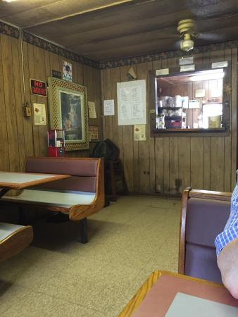 Larry's Countrystyle BBQ