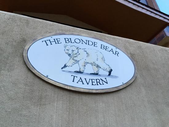 The Blonde Bear Tavern: photo0.jpg