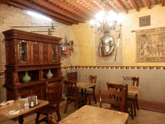 Hostal Lima: more of the dining room