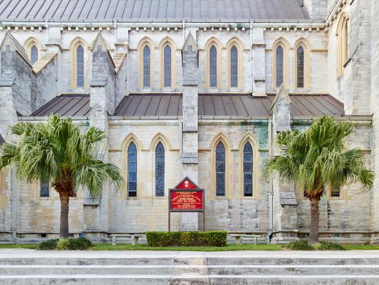 Hamilton, Bermuda: 2016/0411 — Cathedral Of The Most Holy Trinity (fr. Church Street)