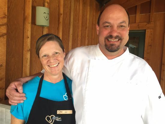 Sylvan Dale Guest Ranch: Serving folks!