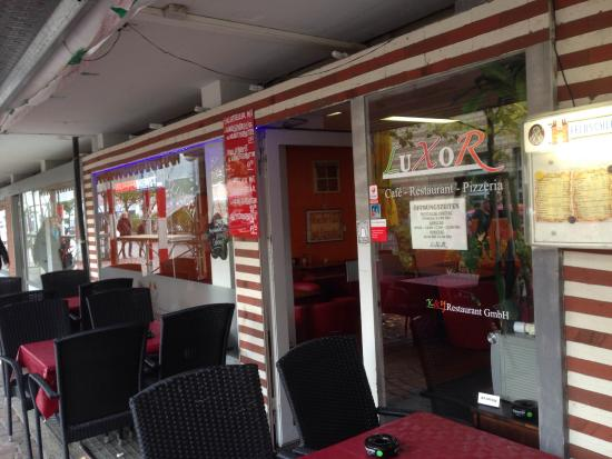 Birsfelden, Zwitserland: Restaurant Pizzeria Luxor