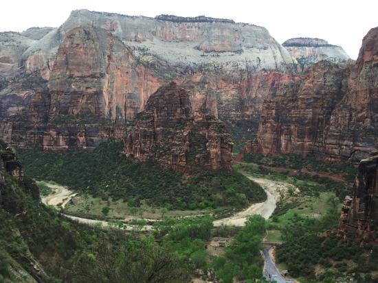 Zion Lodge: Hidden Canyon Trail
