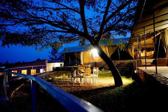 Discover Rwanda Kayonza Eco-Lodge